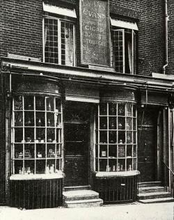Drawn store old london