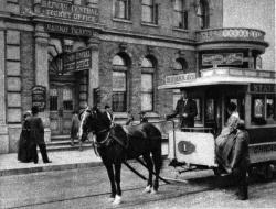Drawn trolley chicago horse