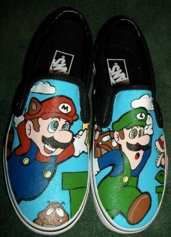 Drawn vans super mario