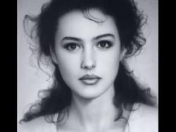 Drawn portrait beautiful woman