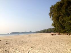 Eiland clipart sandy beach