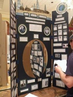 Exhibit clipart presentation board