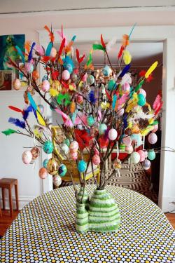 Gorgeus clipart easter egg tree