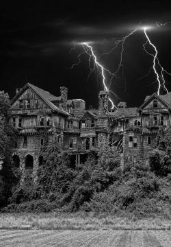 Drawn haunted house lightning