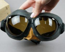 Lips clipart aviator goggles