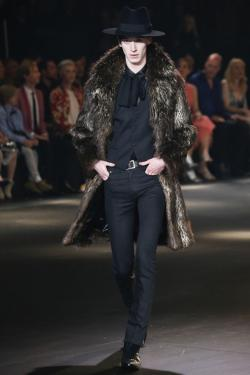 Malebolge clipart fashion show