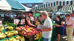 Market clipart town centre