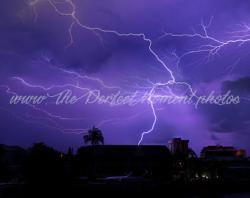 Mauve clipart lightning bolt