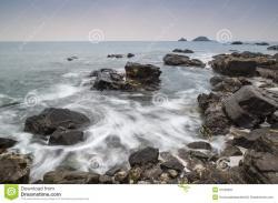 Shoreline clipart rocky
