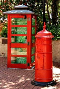 Telephone Booth clipart red post box